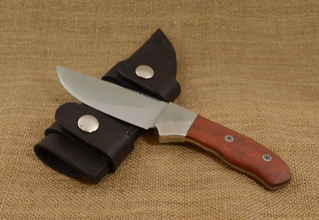 866 - Horizontal Carry Knife & Sheath